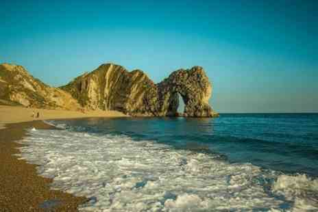 my dream destinations - Full day Adventure Jurassic coast and Durdle Door in Dorset for 1 To 3 travellers - Save 0%