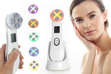 Flashing Pineapple - 5 in 1 Tightening Anti ageing Led Light Therapy Machine - Save 0%