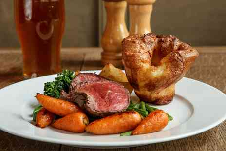 The Beau Brummell - Sunday roast and bubbly for Two - Save 52%