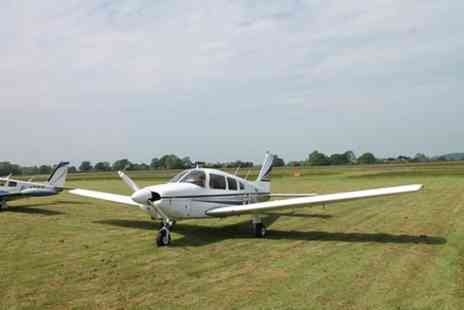 Wingly Sightseeing Flight - Sightseeing Flight Over Coventry from a Private Plane - Save 0%
