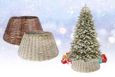 Daniel James - Small or large woven wicker effect Christmas tree skirt - Save 0%