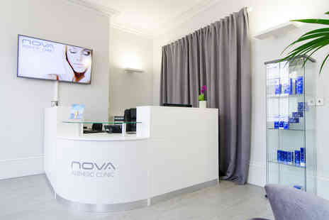 Nova Aesthetic Clinic - 45 minute oxygen facial - Save 74%