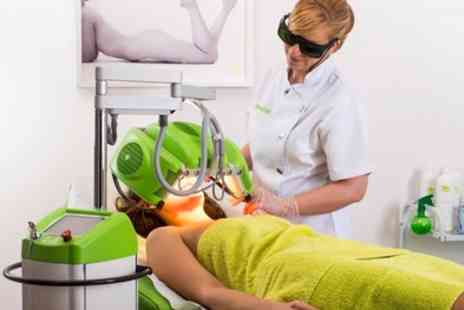 No Plus Vello Merryhill - One Hour HydraFacial or Specialist Facial - Save 71%
