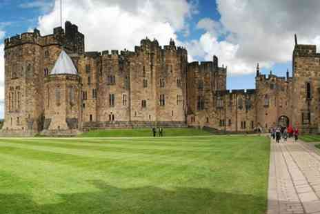 The Hairy Coo - One Day Alnwick Castle, Northumberland Coast and Scottish Borders - Save 0%