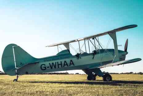 White Horse Aviation - Sherwood Ranger Microlight Flying Lesson with 15 or 30 Minute Flight - Save 59%