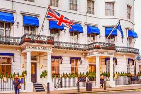 London Elizabeth Hotel - Classic or Deluxe Double Room for Two with Optional Breakfast and Other Extras - Save 0%