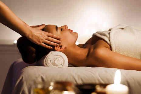 Q Wellness - 90 minute pamper package including your choice of 60 minute massage, a 30 minute facial and a glass of bubbly - Save 66%