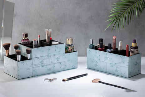 CJ Offers - Cosmetic storage box choose from two sizes - Save 57%