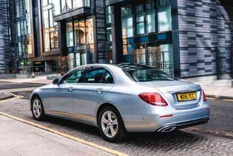 ADORIDE - Dundee to Glasgow Private Premium Transfer With Chauffeur - Save 0%
