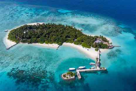 Makunudu Resort Maldives - Four Star Blissful Island Getaway Amidst Turquoise Lagoon - Save 0%