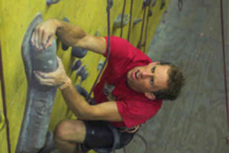 Undercover Rock - 1 Hour Introduction to Indoor Climbing - Save 53%