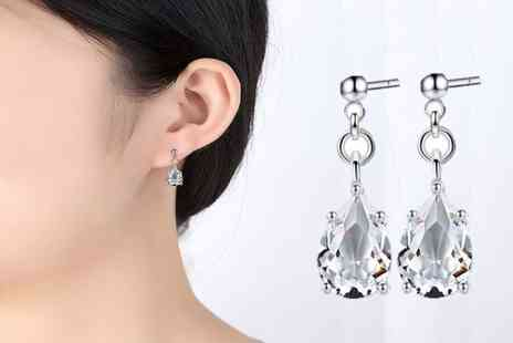 GameChanger Associates - Pear drop earrings - Save 85%