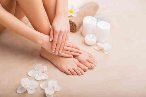 Acute Plus - Gel manicure and pedicure - Save 60%
