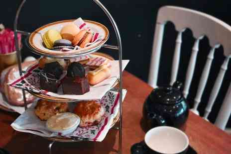 Patisserie La Reine - Afternoon tea for two people - Save 50%