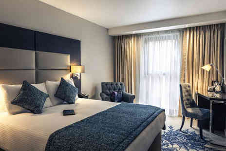 Mercure Haymarket Edinburgh - Four Star Overnight stay for two people with breakfast a bottle of Prosecco to share - Save 43%