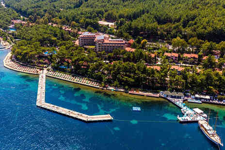Bargain Late Holidays - Five Star Seven nights all inclusive Turkey beach break with return flights - Save 28%