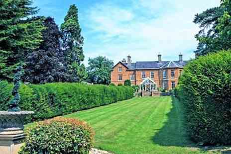 Sedgebrook Hall - Double or Twin Room for Two with Breakfast, Leisure Access and Optional Dinner - Save 38%