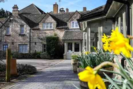 Stratton House Hotel - 1 or 2 Nights for Two with Breakfast and Option for Two Course Dinner - Save 0%