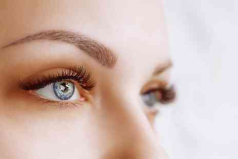 Well Eden - Semi permanent eyelash lift and tint - Save 32%