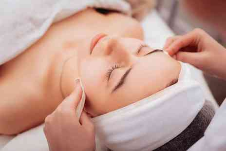 Vanity Lab London - 3 in 1 facial treatment - Save 62%