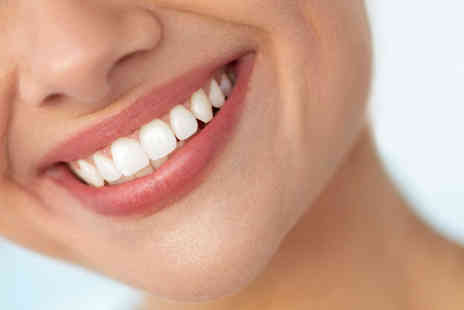 Carnaby Laser Clinic & Academy - One hour session of Zoom teeth whitening - Save 0%