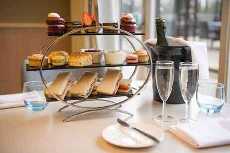 Novotel York Centre - Classic afternoon tea for two people glass of Prosecco each - Save 0%