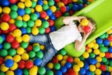 Mister Twisters - One soft play visit to Mister Twisters for three kids & one adult.- Save 61%