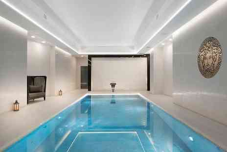 M by Montcalm - Spa experience for one person including three treatments, two hour spa access, a glass of bubbly - Save 54%