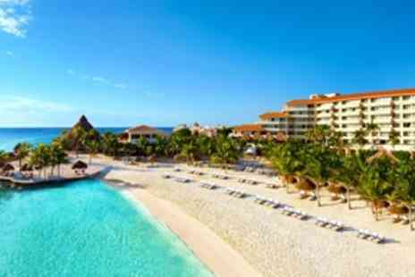 Dreams Puerto Aventuras Resort & Spa - Four Star Stay in the Deluxe Garden View Room All inclusive package - Save 0%