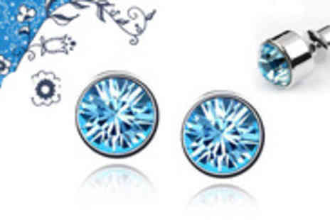 Uber Casa - Five sparkling solitaire stud earrings with stunning Swarovski Elements crystals - Save 92%