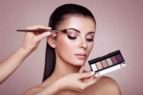 Glamour Makeup Academy - Three hour makeup masterclass with a glass of Prosecco - Save 83%