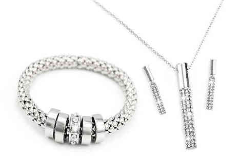 Victorias Candy - 3 Piece Swarovski Crystal Alaska Jewellery Set Choose from 2 Colours - Save 68%