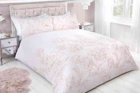 Groupon Goods Global GmbH - Pieridae Metallic Floral Duvet Set - Save 0%