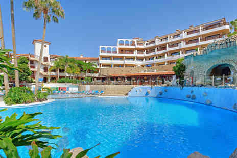 Leisure Dimensions - Seven nights accommodation in the Royal Park Albatros resort Tenerife - Save 75%