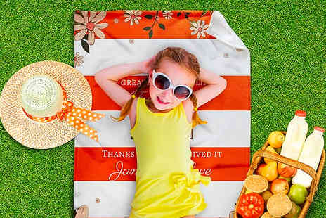 Printerpix - Personalised picnic blanket choose from six options - Save 79%