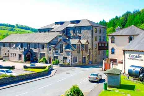 The Whitewater Hotel and Leisure Club - Standard or Executive Room for 2 with Breakfast and 1 Night Dinner - Save 16%