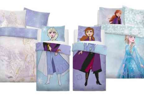 Groupon Goods Global GmbH - Disney Frozen Reversible Duvet Set - Save 0%