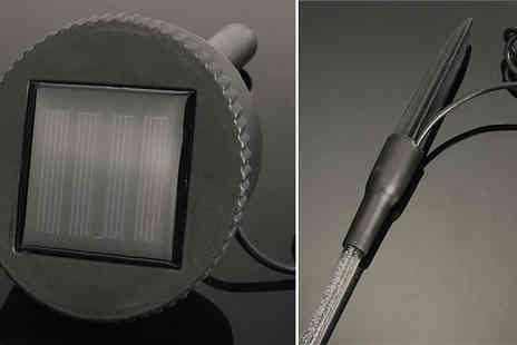 MBLogic - 8 or 16 Solar Powered LED Bubble Tube Lamps Choose from 2 Colours - Save 64%