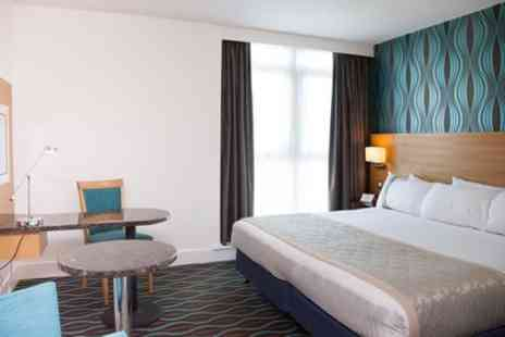 Holiday Inn Birmingham City Centre - One Night for Two with Breakfast, Prosecco, Chocolates - Save 0%