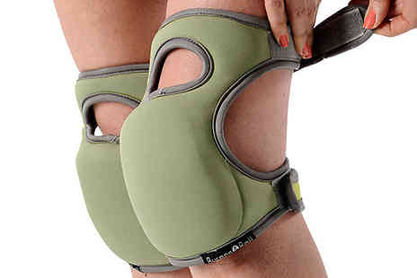 Gadget Bay - Pairs of Neopren Gardening Knee Pads Choose 2 Colours - Save 57%