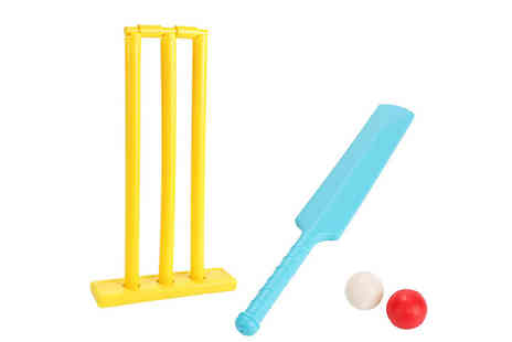 Arther Gold - Kids Outdoor Cricket Set - Save 75%