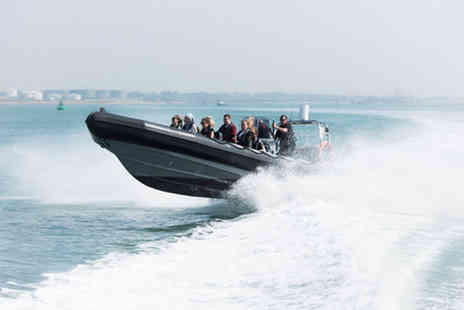 Seadogz - Two hour Isle of Wight motorboat cruise - Save 0%