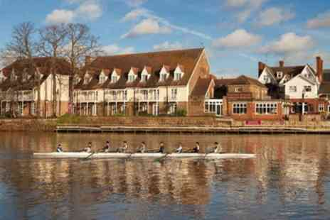 Mercure Thames Lodge Hotel Staines - Classic Double Room for Two - Save 30%