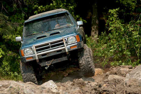 Berkshire 4x4 - Three hour 4X4 driving experience - Save 62%