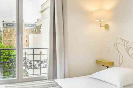 Hotel Korner Eiffel - Double Room for Two with Option on Breakfast - Save 18%