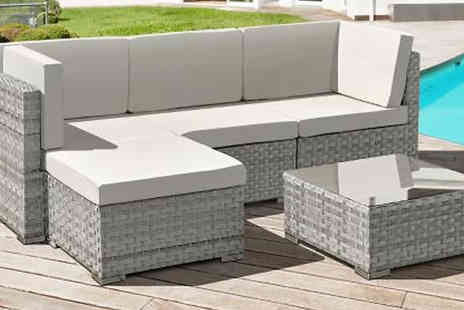 Ocean One Trading - Oseasons Rattan 4 Seater Chaise Lounge Set - Save 0%