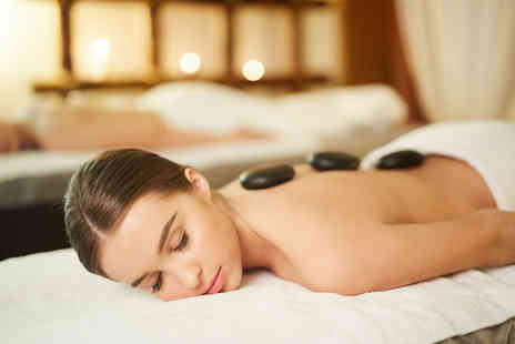 Mind2Body - Hot stone massage and facial treatment - Save 40%