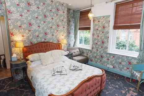 Poplars B&B - A Lincoln stay for two people with breakfast - Save 27%
