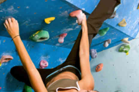 The Climbing Academy - 1 Hour Beginners Bouldering Session - Save 60%