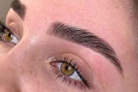MFlashed - HD Brows or Browtox Brow Lamination - Save 40%